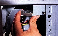 Einbau CD-ROM, Brenner oder DVD