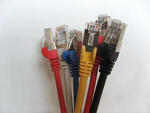 Netzwerkkabel verschiedene Farben