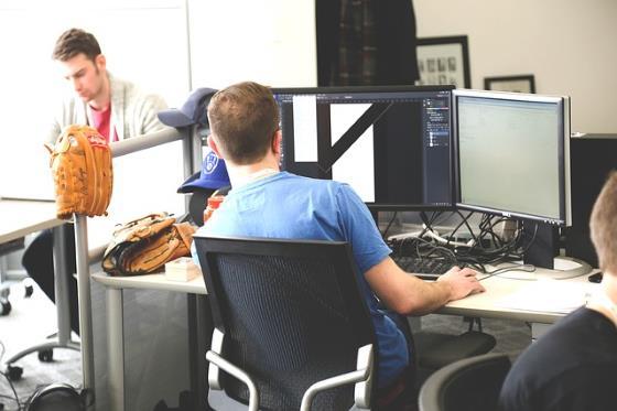 Computerarbeitsplatz Beispiel