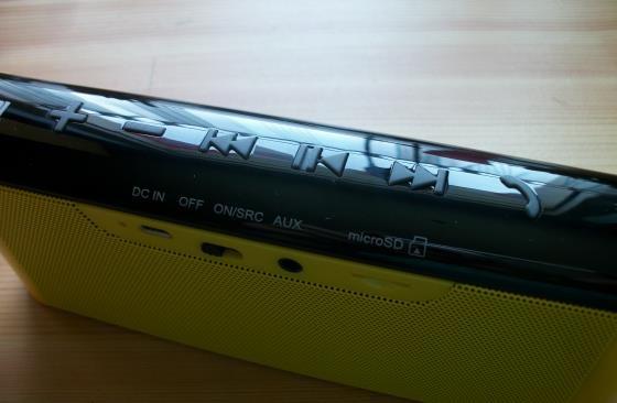 Edifier MP233 Lautsprecher Freisprecheinrichtung