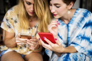 Digital Detox: 7 Vorteile von Medien-freien Phasen