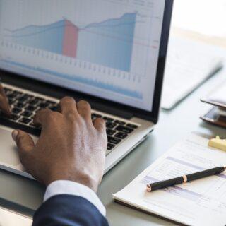 Gebrauchte Software im Unternehmen verwenden - Vorteile und Nachteile
