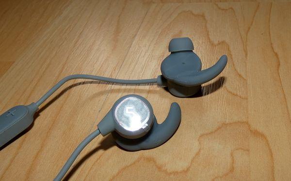 Aukey EP-B60Ohrhörer Detailaufnahme