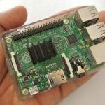 Raspberry Pi passt in eine Hand