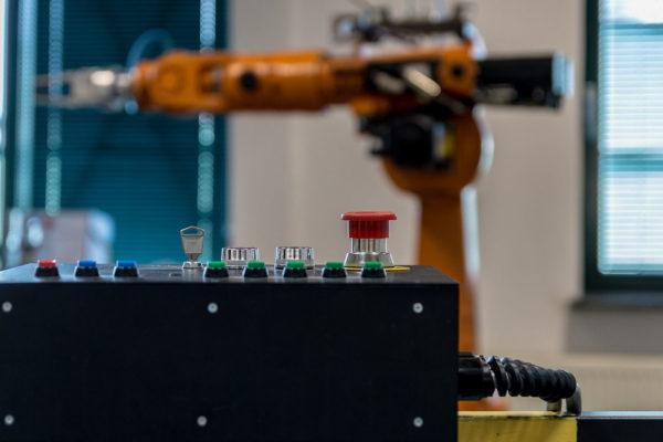 Roboterarm in der Industrie