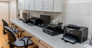 verschiedene Drucker am Arbeitsplatz