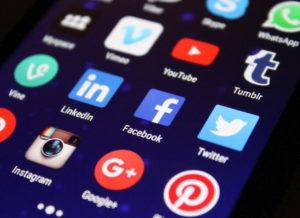 Teilen über Facebook, Twitter, Instagram und Co
