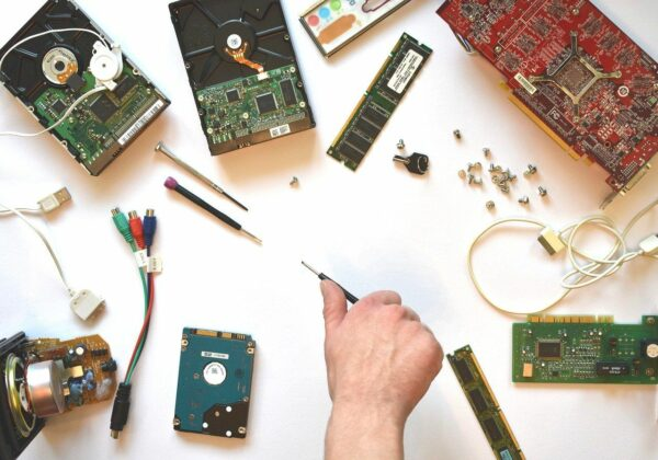 Computer kaputt Hardware neu kaufen und einbauen