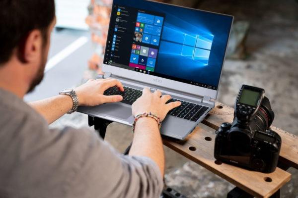 Creator-Laptop mit OLED-Display