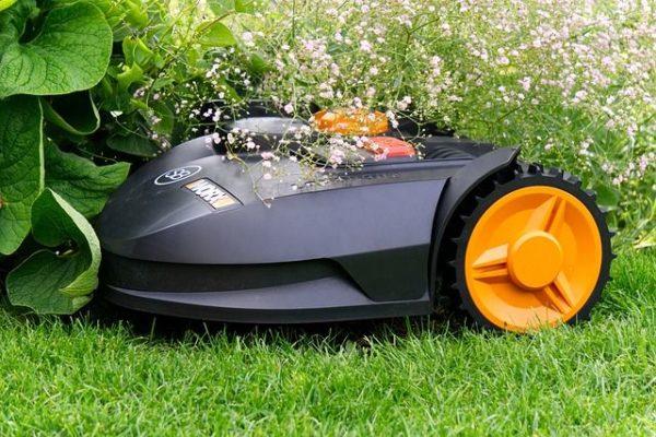 Mähroboter Roboter Autonom