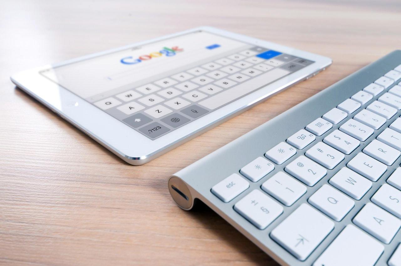 Suchmaschinenwerbung (SEA) oder Suchmaschinenoptimierung (SEO)