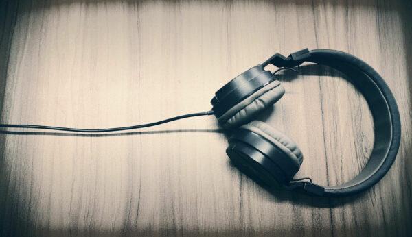 Kopfhörer mit Bluetooth oder mit Kabel - Unterschiede im Klang