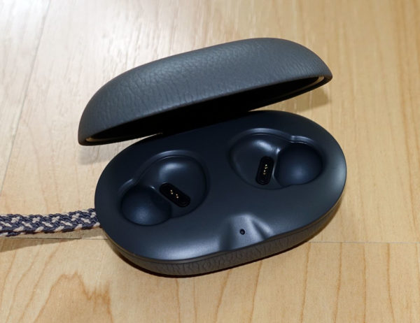 B&O Play Beoplay E8 Lade-Case