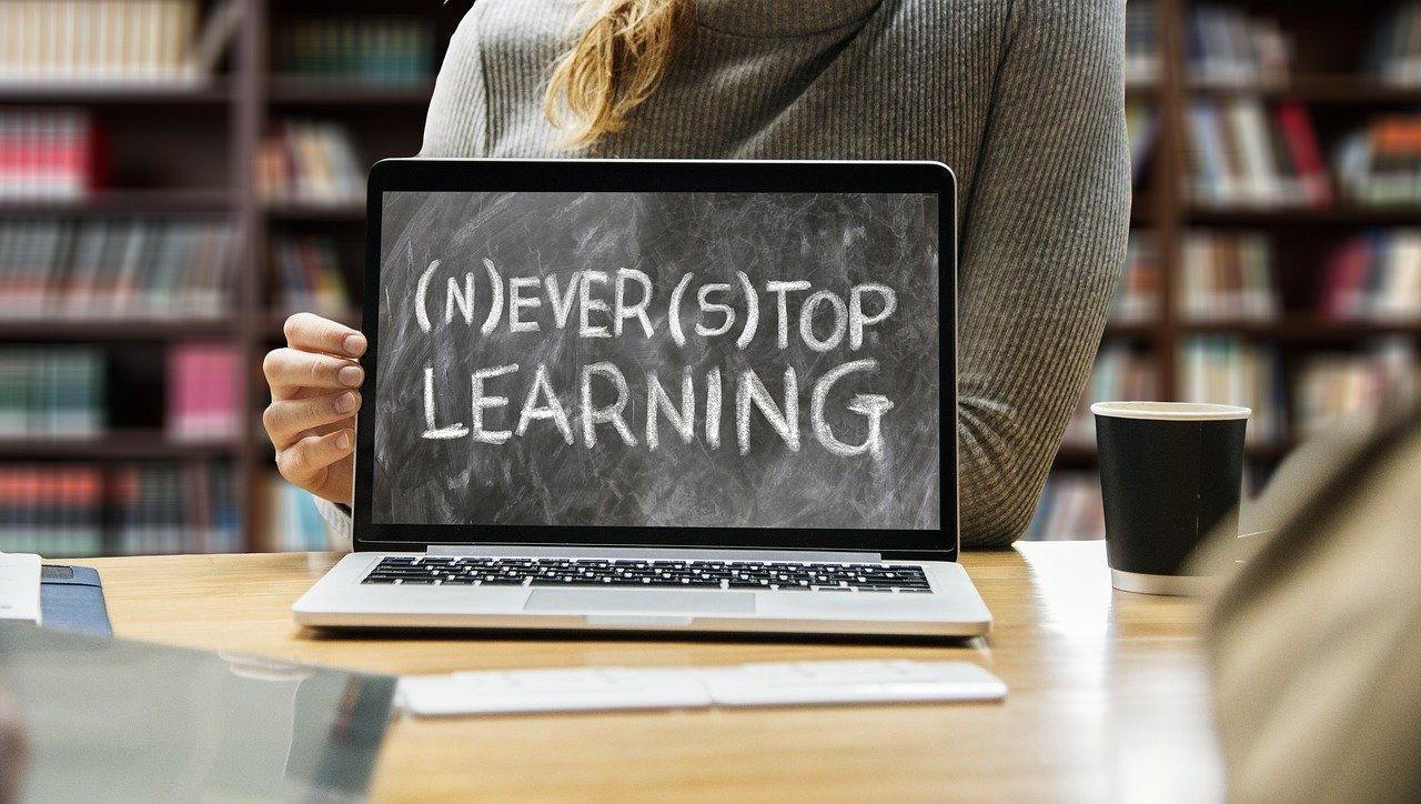 Online lernen: Berufliche Weiterbildung im Internet