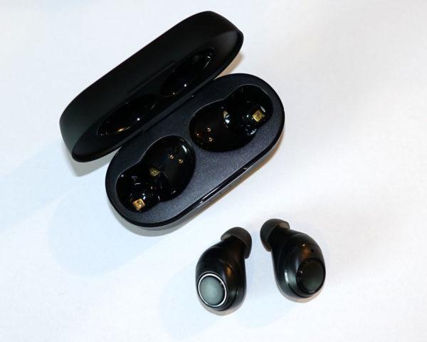 Onyx Free Kopfhörer mit Lade-Case