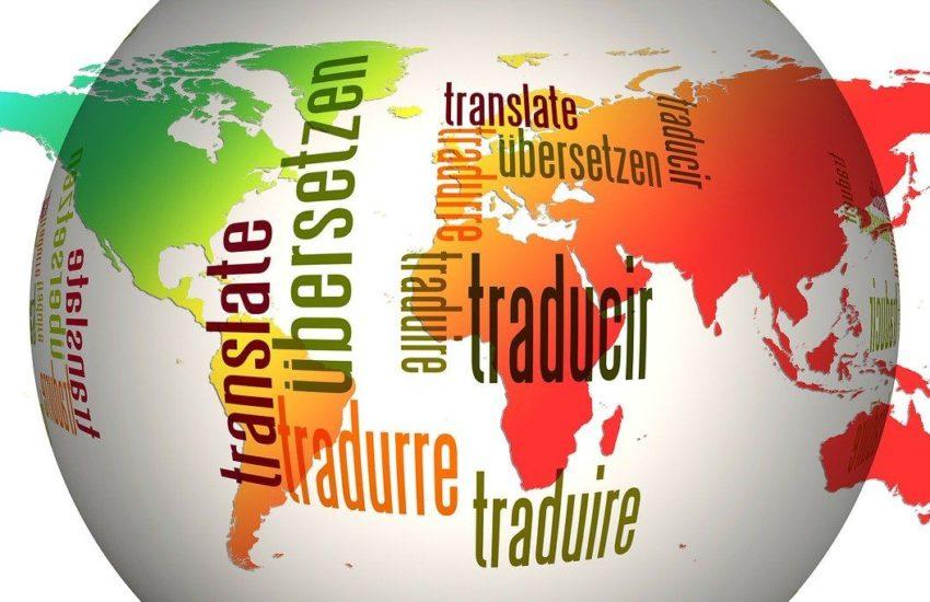 Übersetzungsbüro oder Software zum Übersetzen