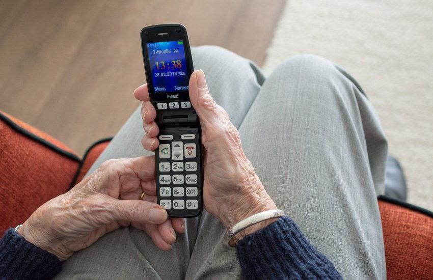 Seniorenhandys: Handys speziell für ältere Menschen