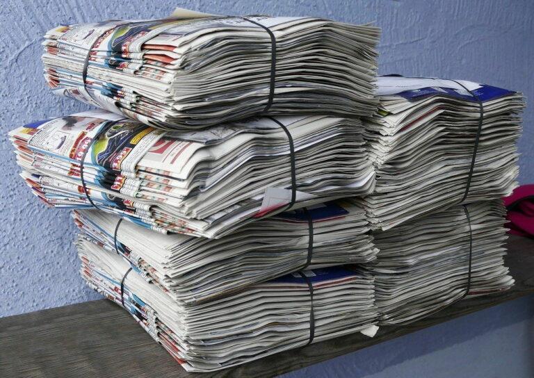 Zeitungen Prospekte