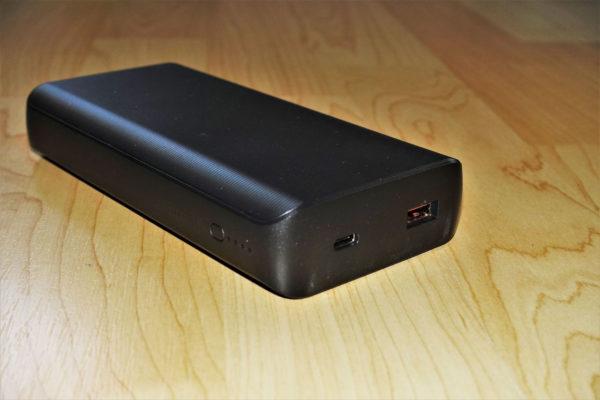 Trust Laro 65W USB-C Powerbank Anschlüsse und Bedienungselemente