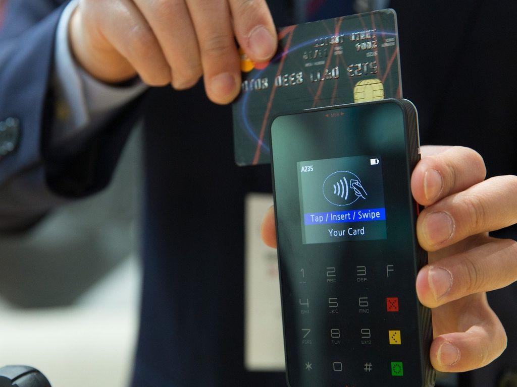 Wie funktionieren Kartenlesegeräte bei Bezahlvorgängen?